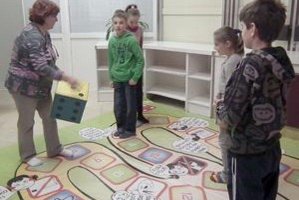 Deti si zahrali aj obľúbenú hru Človeče, nehnevaj sa.