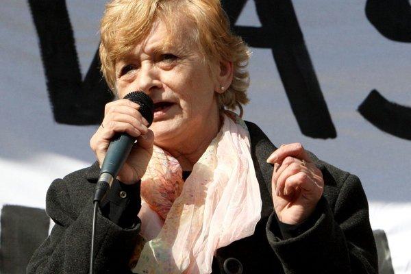 Nadežda Babiaková vo funkcii ostáva.