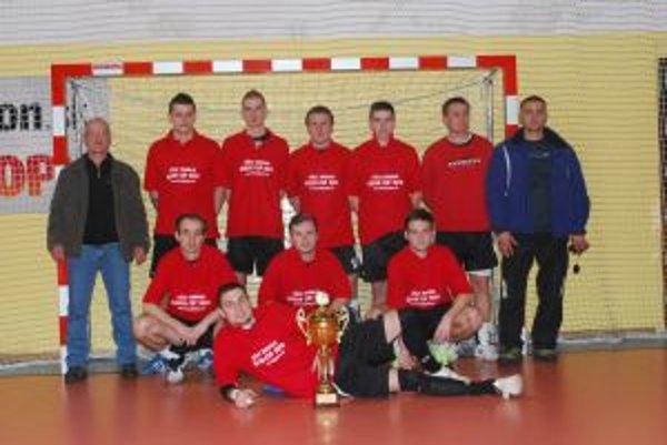 Víťaz turnaja v Púchove - T club.