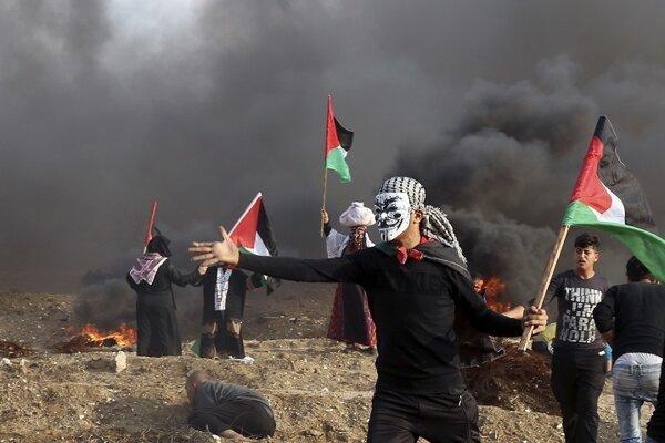 Niekoľkomesačné pohraničné protesty organizované Hamasom sú zamerané na zmiernenie izraelsko-egyptskej blokády Gazy.