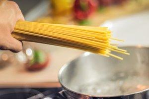 Myslíte si, že viete variť cestoviny? Päť chýb, ktoré ľudia robia najčastejšie