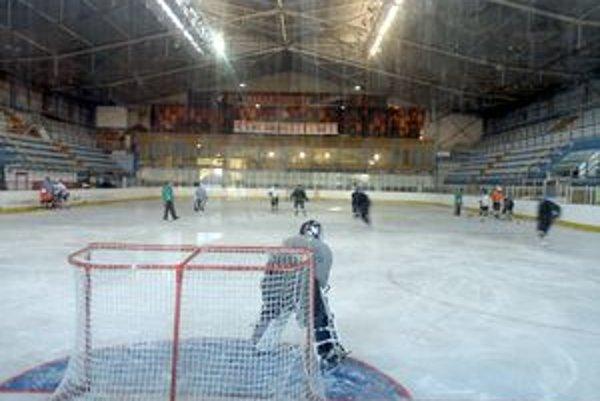 Tréningové podmienky pre hokejistov musí nájomca zachovať.