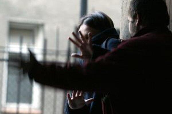 Ilustračné foto. Obete domáceho násilia nachádzajú útočisko v krízovom centre.