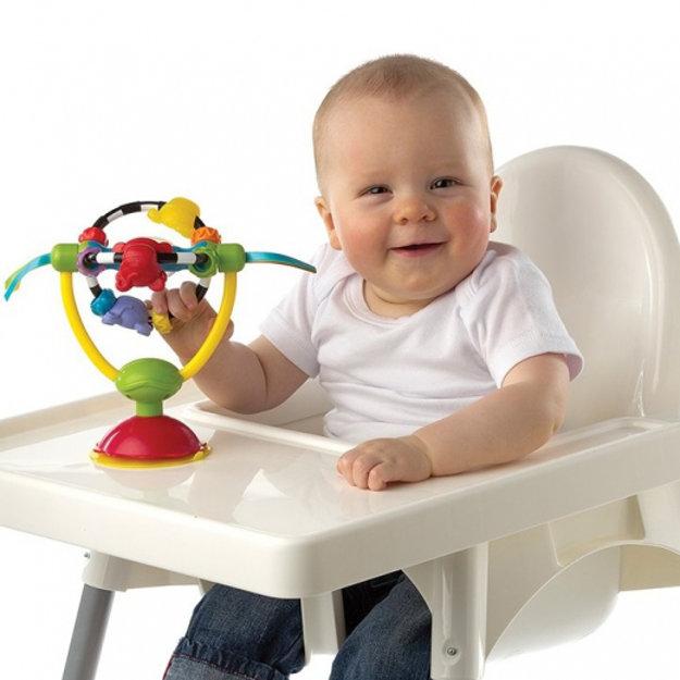 Playgro Otočná hračka s prísavkou.