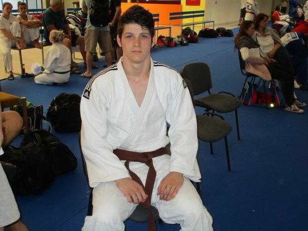 Viktor Ádám získal zlato na M - SR.