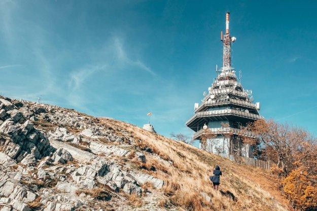 Necestujeme len do zahraničia, čoraz viac objavujeme aj krásy Slovenska. Chceme našich čitateľov inšpirovať k tomu, aby podporovali cestovný ruch aj u nás doma. Táto fotka vznikla na Zobore v Nitre.