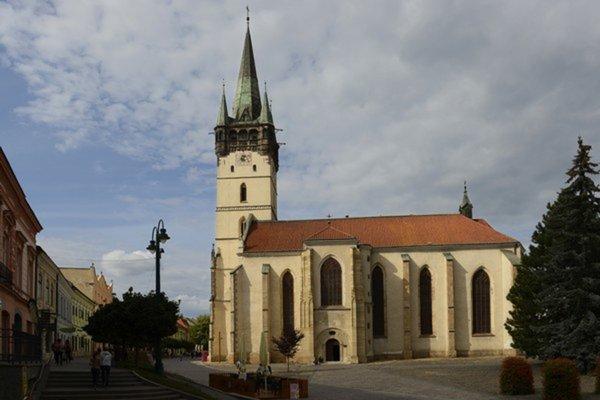 Svätou omšou v Konkatedrále sv. Mikuláša v Prešove si uctili obete komunizmu.