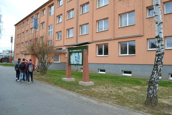 Žiak jednej z humenských stredných škôl sa stal obeťou šikany.
