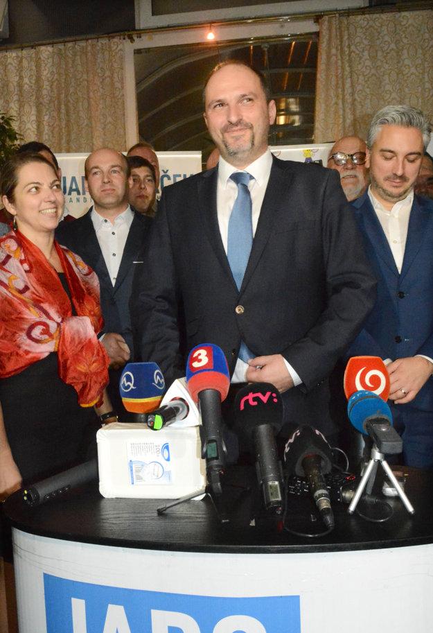 Nový primátor prevezme vedenie mesta 10. decembra. Projekt nových bytov na Mieri chce stopnúť.