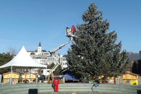 Zajtra otvoria vianočné mestečko.
