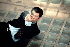 Filmový James Bond zarobil obrovské milióny.
