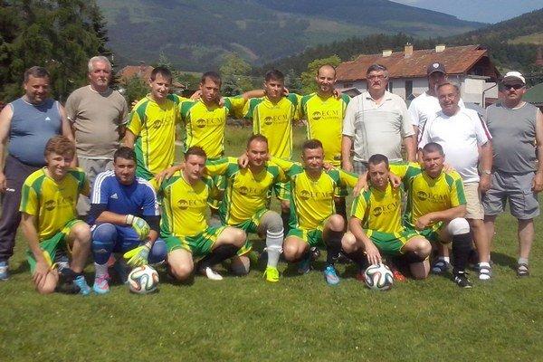 Súčasné futbalové mužstvo OFK Partizánska Ľupča na turnaji vPohorelej. OFK tam skončilo na druhom mieste, keď vo finále prehralo sčerstvým účastníkom 5. ligy Braväcovom posilneným hráčmi Dorastu ztreťoligového Brezna vpomere 4:1. Gól za OFK strelil M.