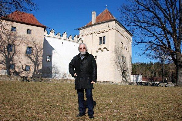 Jaroslava Petrana si historické vozidlá podmanili potom, ako skončil s aktívnym motoristickým športom.