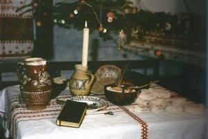 Vianočný stôl v Heľpe.