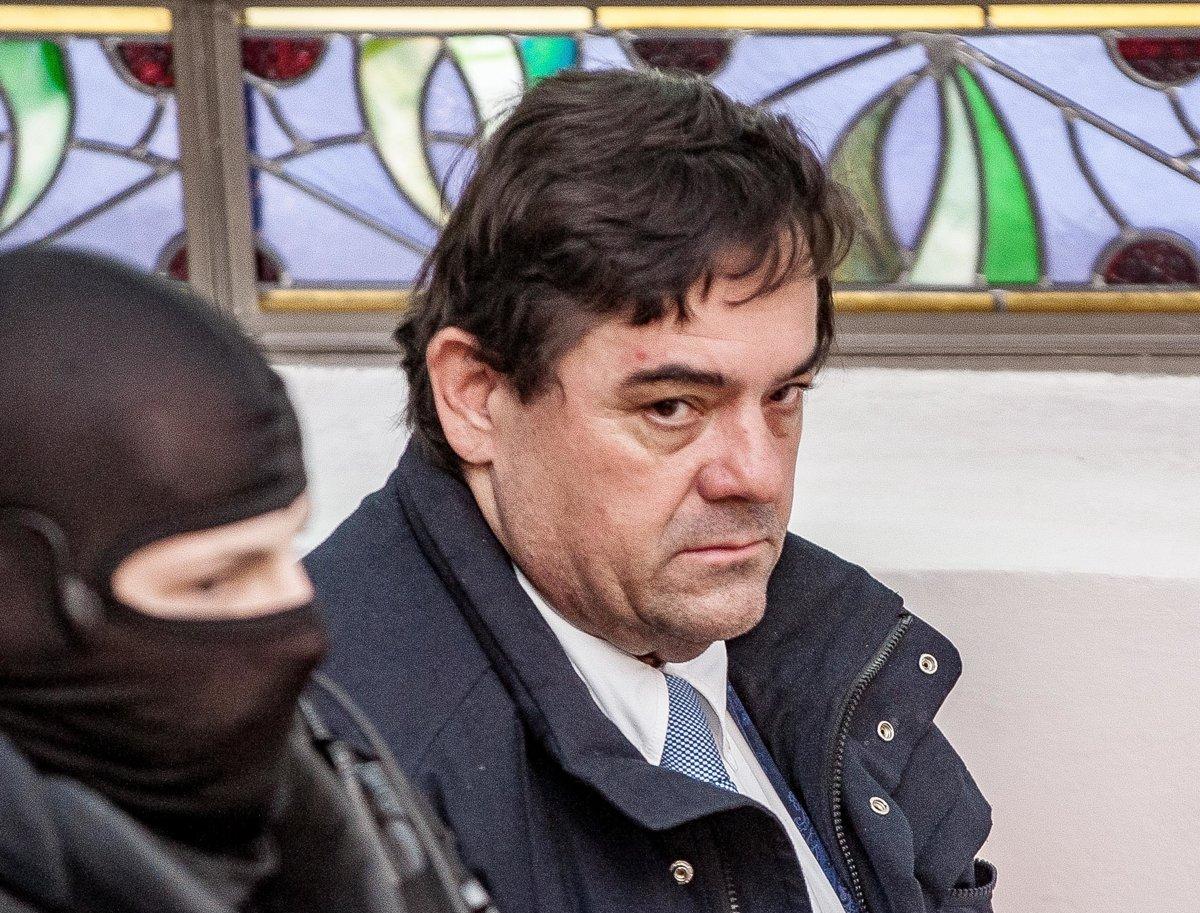 FOTO  Kočner sa opäť postavil pred súd - domov.sme.sk 228caea46ef