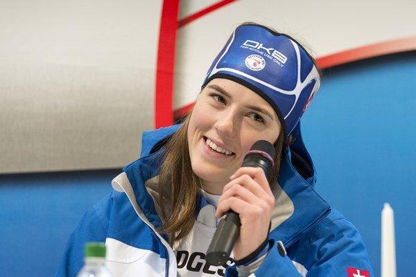 Na snímke slovenská reprezentantka v alpskom lyžovaní Petra Vlhová na tlačovej konferencii po zisku .3. miesta v slalome žien Svetového pohára v rakúskom Lienzi