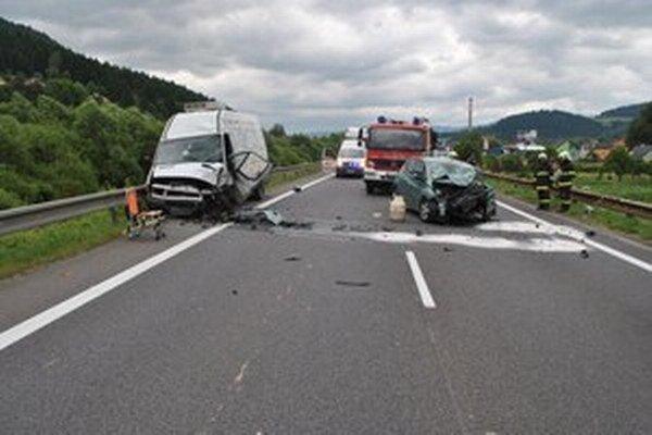 Nehoda sa stala dnes ráno pri Hubovej.
