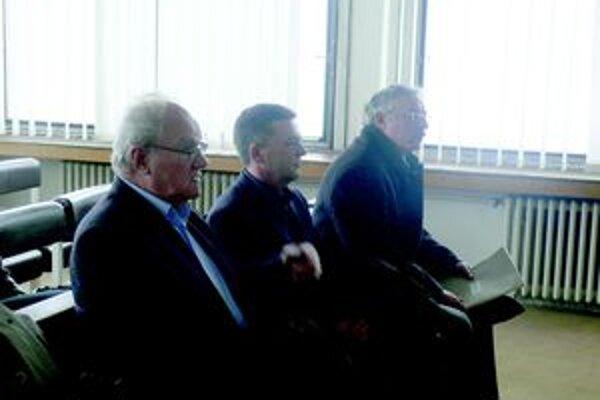 Na súde vypovedali ďalší svedkovia, medzi nimi aj exprimátor Lackovič.