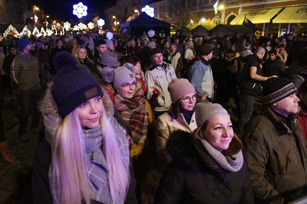 Silvestrovské oslavy na Hlavnej ulici v Košiciach.