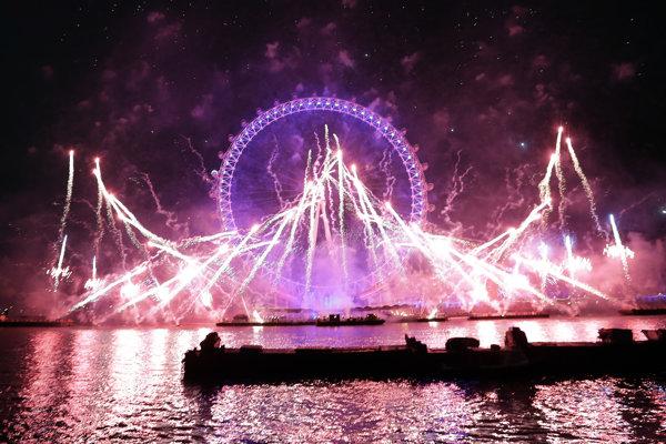 Ohňostroj v Londýne.