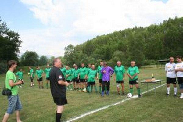 Pred dvadsiatimi piatimi rokmi založil Jozef Gonda futbalové mužstvo Old Boys Liptovská Ondrašová.