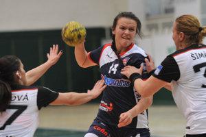 Kanonierku Šutranovú vyhlásili v Olomouci za najlepšiu hráčku zápasu.  FOTO: VIZA