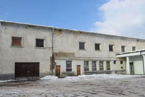 Budovu bývalého závodného klubu Vihorlat prerobia na zariadenie opatrovateľskej služby a denný stacionár.