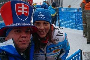 Ján Makuch so slovenskou lyžiarkou Petrou Vlhovou.