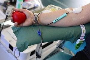 Ilustračná snímka z odberu krvi.
