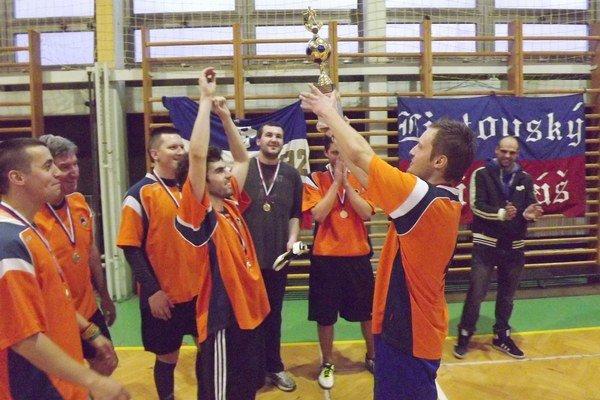 Spomedzi šiestich tímov si víťazstvo vybojoval tím Partisans united.