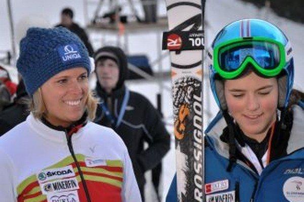 Petru Vlhovú (vpravo) prišla povzbudiť aj Veronika Velez-Zuzulová.