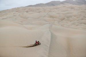 Víťaz siedmej etapy Rely Dakar 2019 Sam Sunderland.