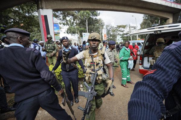 Útok na hotelový komplex v Keni.