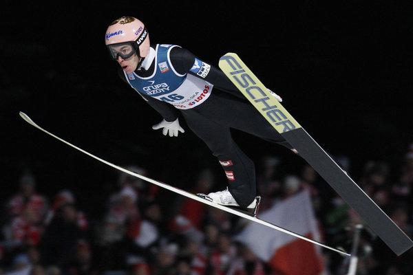 Stefan Kraft počas podujatia Svetového pohára v skokoch na lyžiach v poľskom Zakopanom.