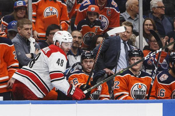 Generálny manažér Edmontonu končí.