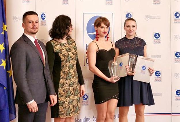 S cenami. Zľava: Ema Brázdová a Dušana Čierna Augustovičová.