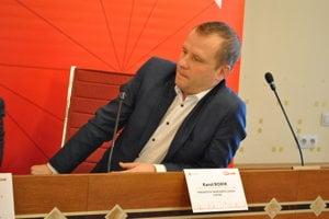 Prednosta Karol Borik pripomenul, že tento rok by sa mal otvoriť nový most cez Dunaj v Komárne.