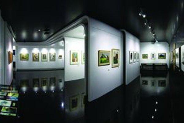 Interiér galérie Rumanský Art Centre očaril návštevníkov aj odbornú porotu.