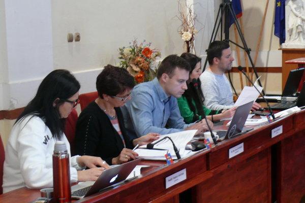 Vrútockí poslanci rozhodli aj ozložení komisií.