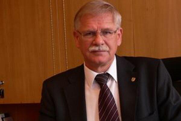 Alexander Slafkovský povedal, že ľuďom odkázaným na opatrovateľskú službu chce radnica pomôcť a v rozpočte na budúci rok budú hľadať možnosti, aby im vyšli v ústrety.