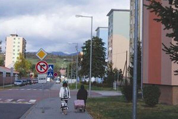 Verejné osvetlenie v Liptovskom Mikuláši mesto nespravuje, firma ho predať, ale radnici sa zdá cena vysoká.