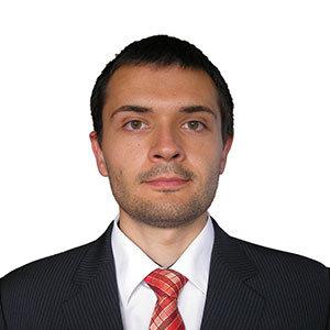Peter Minarik - konzultant spoločnosti SOPHISTIC Pro finance, a. s.
