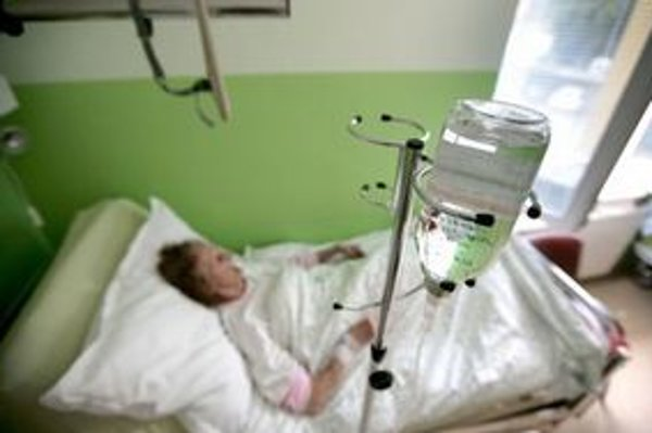 Modernú liečbu dostáva iba jedenásť pacientov.