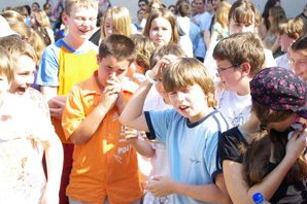 Aj na Považskobystrické gymnázium nastúpi menej žiakov. Zo školy odišlo 196 štvrtákov, nastúpi ich o dvadsať menej. FOTO: AUTOR