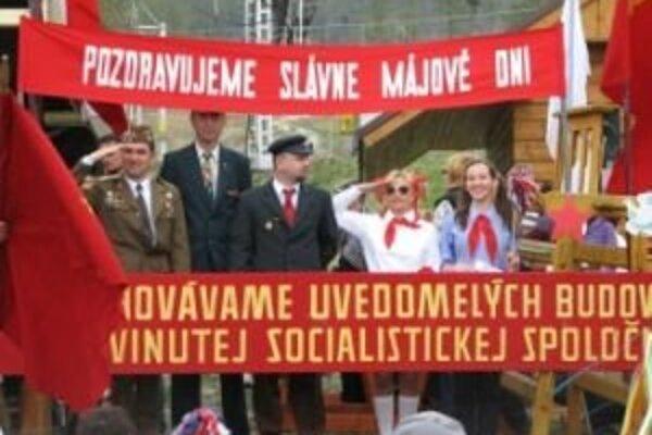 Výstup na Chopok bude spojený aj so súťažou o najlepší retrosymbol socializmu.