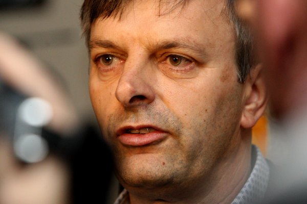 Igor Janckulík sa do parlamentu dostal za stranu Sieť, po jej rozpade bol členom poslaneckého klubu Mosta-Híd.