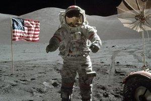 Cernan vo vesmíre nalietal celkom 23 dní, 14 hodín a 16 minút. Je jedným z najznámejších kozmických veteránov, jedným z troch astronautov, ktorí dostali príležitosť letieť k Mesiacu dvakrát a je zatiaľ posledným pozemšťanom, ktorý stál na mesačnom povrchu.