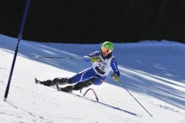 Na svahoch v Jasnej by mali olympionici bojovať o cenné kovy v alpskom zjazdovom lyžovaní a akrobatickom lyžovaní. Na fotografii je úspešná zjazdárka z Liptovského Mikuláša Petra Vlhová.