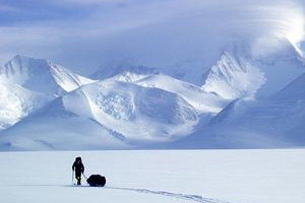 Pavol Barabáš bol členom expedície, ktorá prešla pešo 350 kilometrov od okraja Antarktídy až na jej najvyšší vrchol.