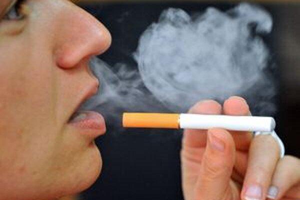 Elektronická cigareta je alternatívou pre nenapraviteľných fajčiarov. Lepšie je však s fajčením úplne prestať a teraz aj s možnosťou vyhrať.